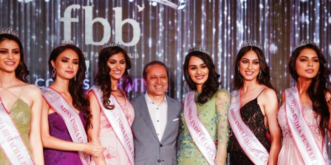 Times Group MD. Vineet Jain with Femina Miss India North Finalist. Pics By: Harsh Verma